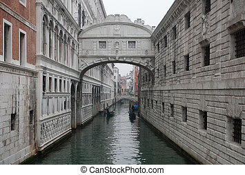Bridge of Sighs - The historic Bridge of Sighs, Venice,...