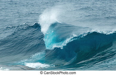 breaking waves - powerful ocean waves breaking natural...