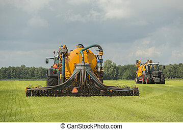 Injecting of liquid manure - Agriculture injecting of liquid...