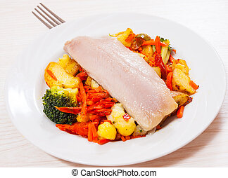 Fillet of fish with vegetables