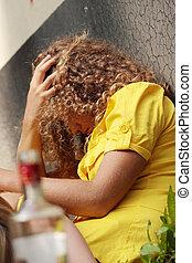 bêbado, adolescentes, Vodca, garrafa