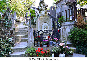 Tomb of Frederic Chopin, famous Polish composer, at Pere...