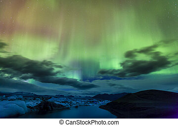 Northern lights - Aurora borealis over Jokulsarlon lagoon in...