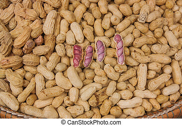 Ready to eat boiled peanuts. - Ready to eat boiled...