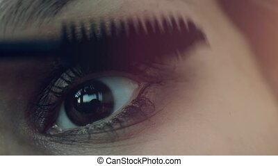Makeup Make-up Applying Mascara Long Eyelashes - Eye makeup...