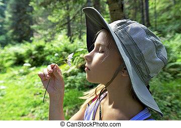 niña, Descansar, en, el, forest, ,