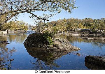 Potomac River in the Autumn - Virginia, USA