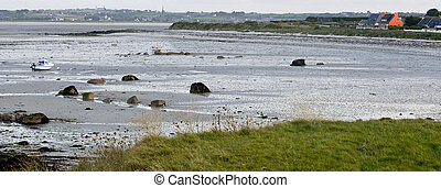 tideland - the coast of  Brittany in France