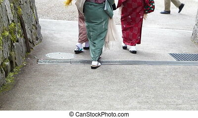 Kimono and geta Japanese costume - Japanese girls wear...