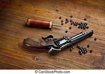 percussão, pistola,  revólver