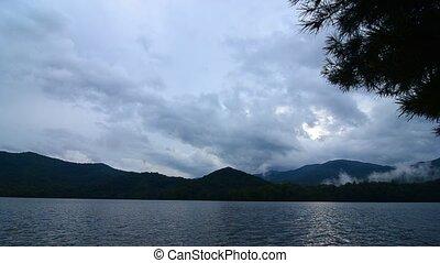 lake santeetlah in smoky mountains