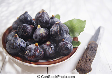 Black fig - Presentation of collection of figs blacks,...