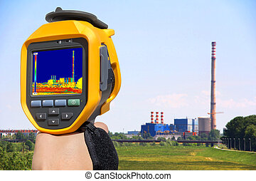 Record at the Chimney of energy station with thermal cameras...