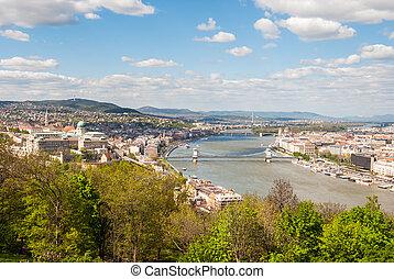 Budapest cityscape - Peautiful panorama of Budapest city...