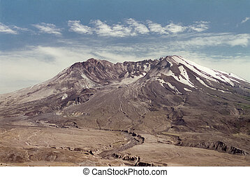 Mount Saint Helens in 1997 - Mt St Helens lit by setting sun...