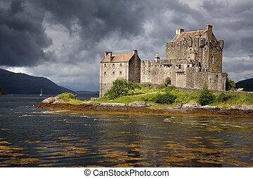 Eilean Donan Castle - A storm brews over Eilean Donan...