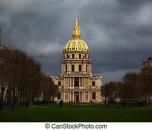 Les invalides buildings - Les Invalides building before a...