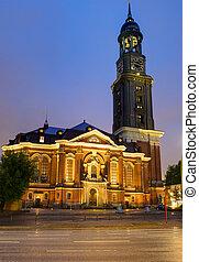 St. Michaelis in Hamburg at night - The famous St. Michaelis...
