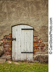 Old barn door - Image of an old white barn type door in a...