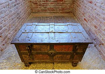 An antique chest at Castelvecchio - An antique chest at...