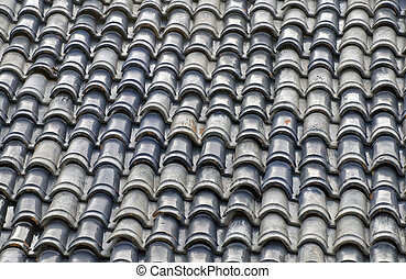 Roof with clay tiles - Roof of a Mexican house with...