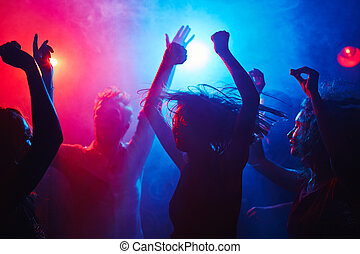 Losing control - Weariless clubbers getting down at night