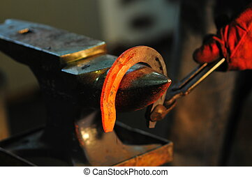 Horseshoe maikng - Making decorative element in the smithy...