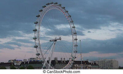 London Eye Millennium Wheel skyline - London Eye in London,...