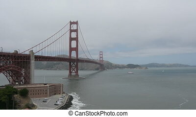 Golden Gate Bridge in San Francisco - The Golden Gate Bridge...