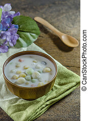 Bua Loy Rice Dumplings in Coconut Milk asian dessert
