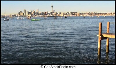 Auckland skyline at dawn - Auckland downtown...