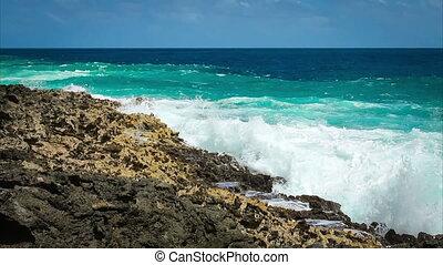 Ocean wave splash on the reef