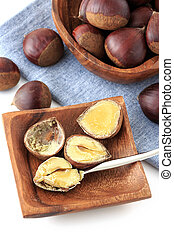 Chestnut - Many chestnut on the table