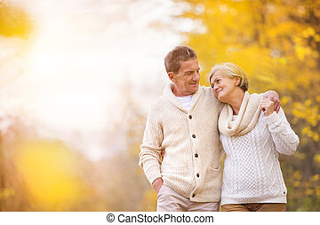 Active seniors in nature - Active seniors on a walk in...