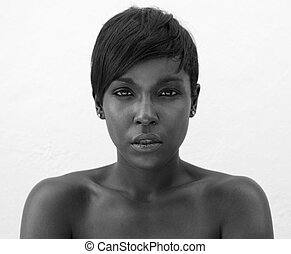 Black and white portrait of elegant african american woman -...