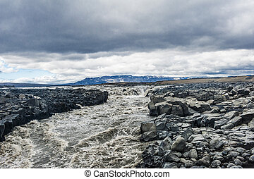 Icelandic river - Beautiful Icelandic river with dramatic...