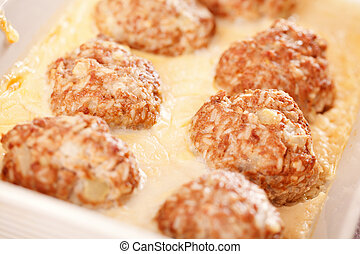 Meatballs with Bechamel sauce