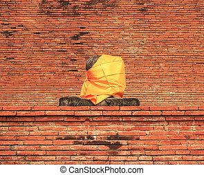 Buddha statue and stupa at Wat Mahathat Ayutthaya -...