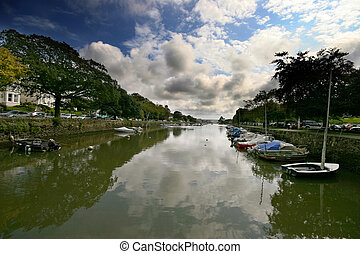 Kingsbridge Estuary Devon - Kingsbridge is a old market town...
