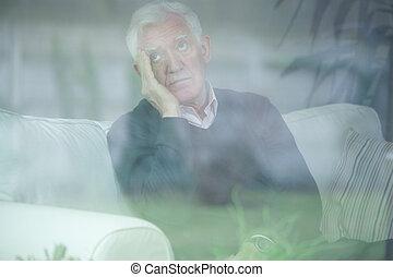 anziano, preoccupato, uomo