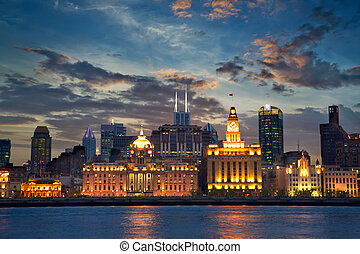 The Bund at sunset - Colonial architecture at The Bund,...