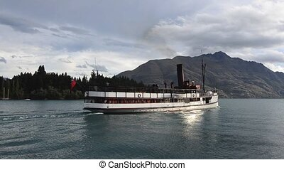 Queenstown NZ 04 - QUEENSTOWN, NZ - JAN 15:TSS Earnslaw on...