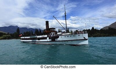 Queenstown NZ 06 - QUEENSTOWN, NZ - JAN 15:TSS Earnslaw on...