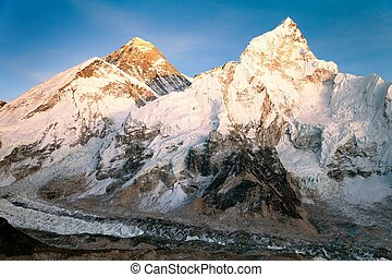 Evening view of Mount Everest from Kala Patthar - way to...