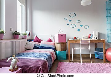 Little girl's room - modern and cozy design