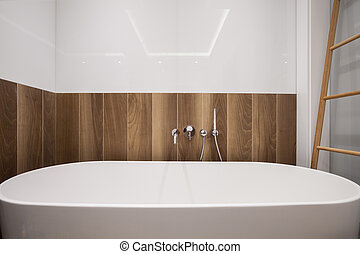 Large bathtub in stylish bathroom - Photo of large bathtub...