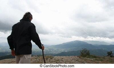 Pietra di bismantova mount - man at the top of a mountain