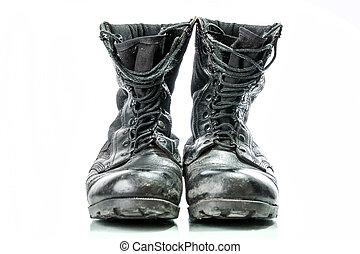 gammal, strid, isolerat, stövel, svart, bakgrund, militär, vit