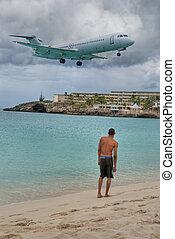 Saint Maarten Beach, Dutch Antilles - Plane landing in Saint...