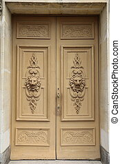 Fontainebleau - Old door of the palace of Fontainebleau